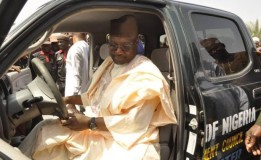 Insecurity: Niger Governor Gives 120 Motorcycles, 12 Vehicles to Security Agencies