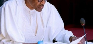 Minimum wage: Buhari orders payment of workers earning less than N30,000