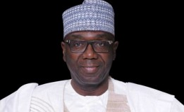 Kwara state government promotes 1,600 civil servants