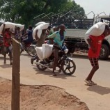 Hoodlums Plunder Warehouses in Abuja